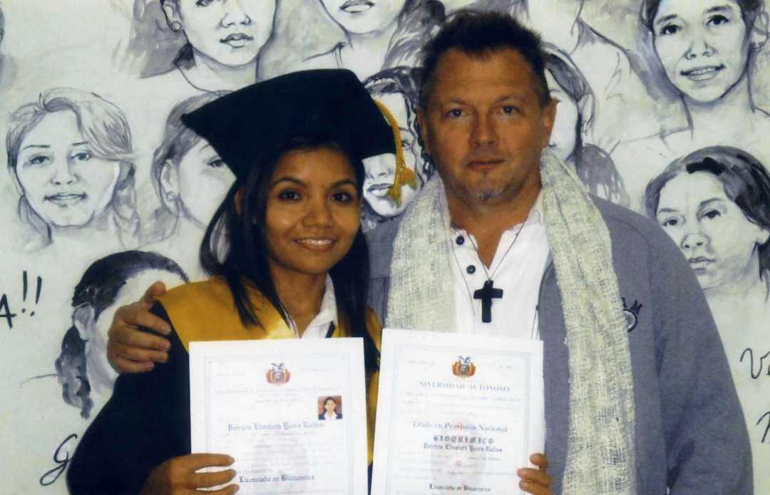 Patrizia, la prima ragazza laureata nel 2016