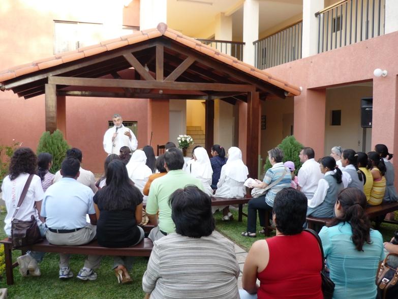Inaugurazione con il Vescovo Mons. Gualberti